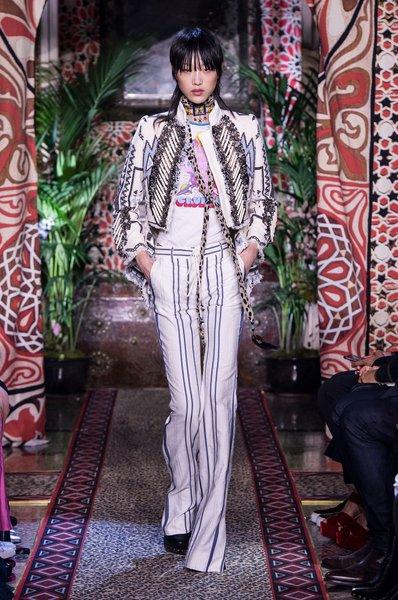 fsfwma11.25com-milan-fashion-week-s-s-2017-roberto-cavalli-lowres.jpg