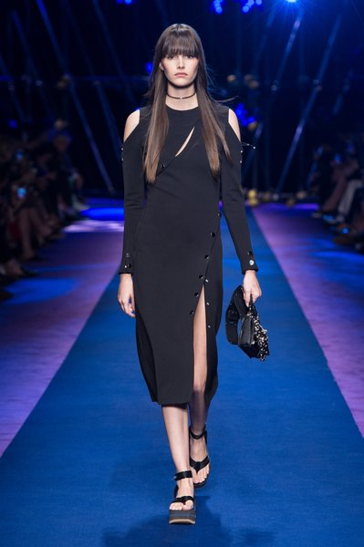 fsfwma12.16com-fashion-week-milan-ss-2017-versace-lowres.jpg