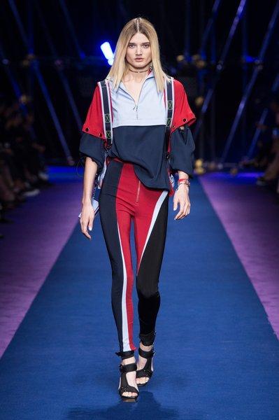 fsfwma12.36com-fashion-week-milan-ss-2017-versace-lowres.jpg