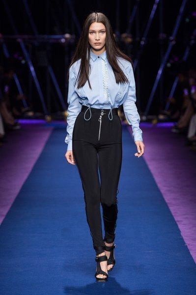 fsfwma12.43com-fashion-week-milan-ss-2017-versace-lowres.jpg