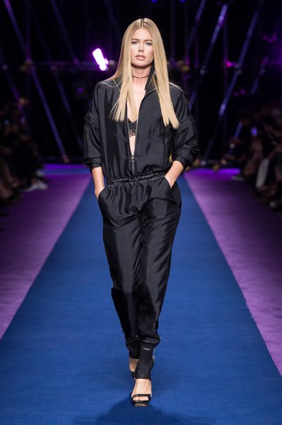 fsfwma12.45com-fashion-week-milan-ss-2017-versace-lowres.jpg