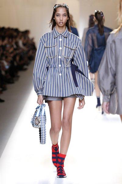 fsfwma13.04com-fashion-week-milan-ss-2017-fendi-lowres.jpg