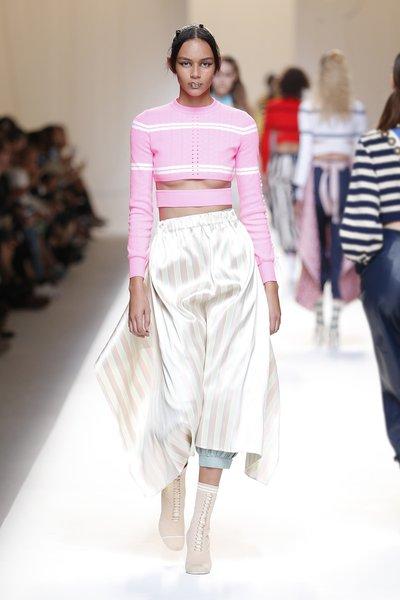 fsfwma13.11com-fashion-week-milan-ss-2017-fendi-lowres.jpg