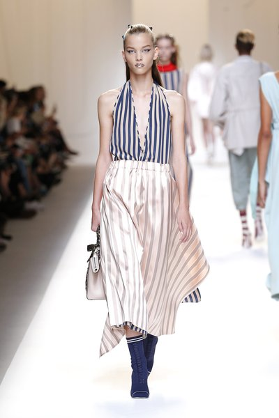 fsfwma13.18com-fashion-week-milan-ss-2017-fendi-lowres.jpg