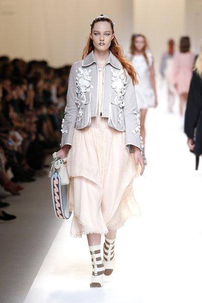 fsfwma13.27com-fashion-week-milan-ss-2017-fendi-lowres.jpg