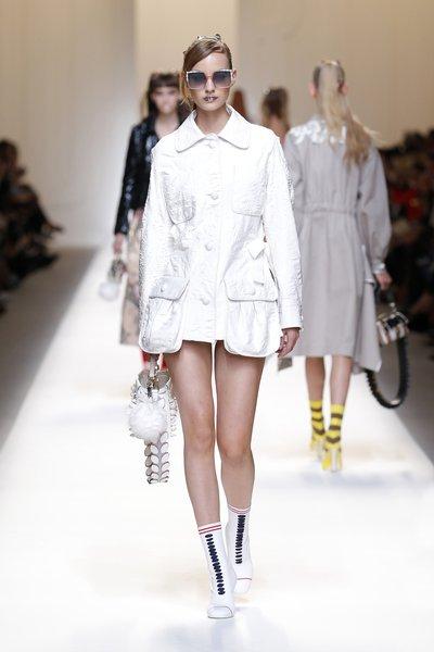 fsfwma13.31com-fashion-week-milan-ss-2017-fendi-lowres.jpg