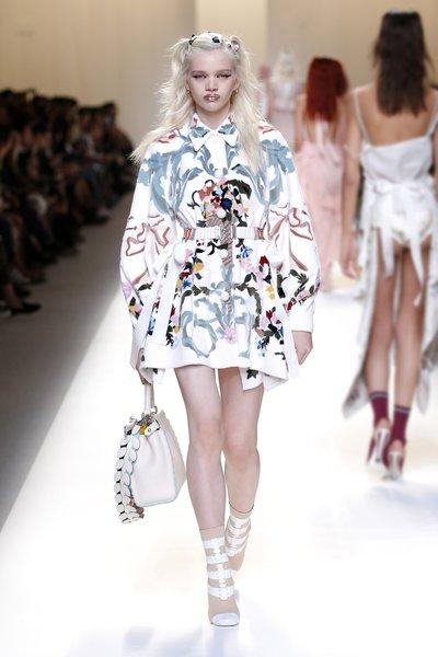 fsfwma13.47com-fashion-week-milan-ss-2017-fendi-lowres.jpg