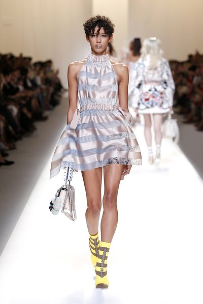fsfwma13.49com-fashion-week-milan-ss-2017-fendi-lowres.jpg
