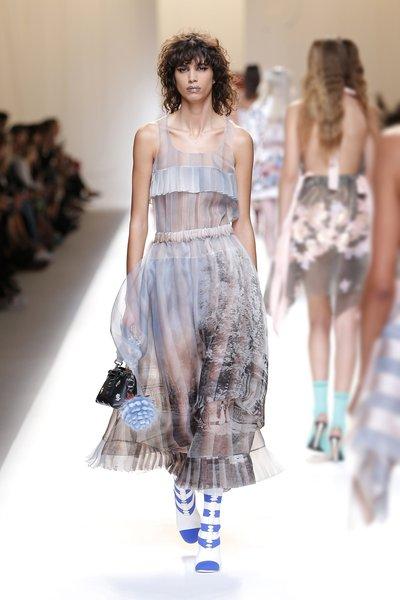 fsfwma13.50com-fashion-week-milan-ss-2017-fendi-lowres.jpg