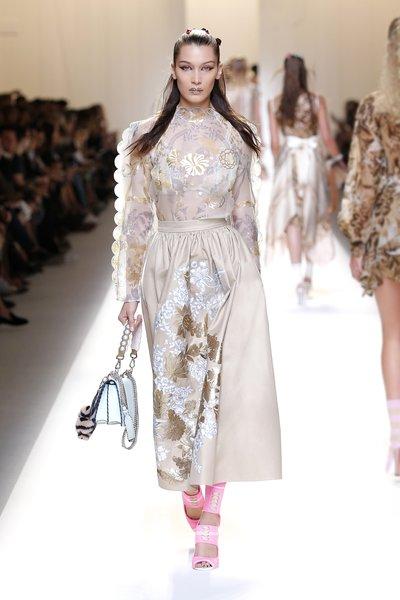 fsfwma13.52com-fashion-week-milan-ss-2017-fendi-lowres.jpg