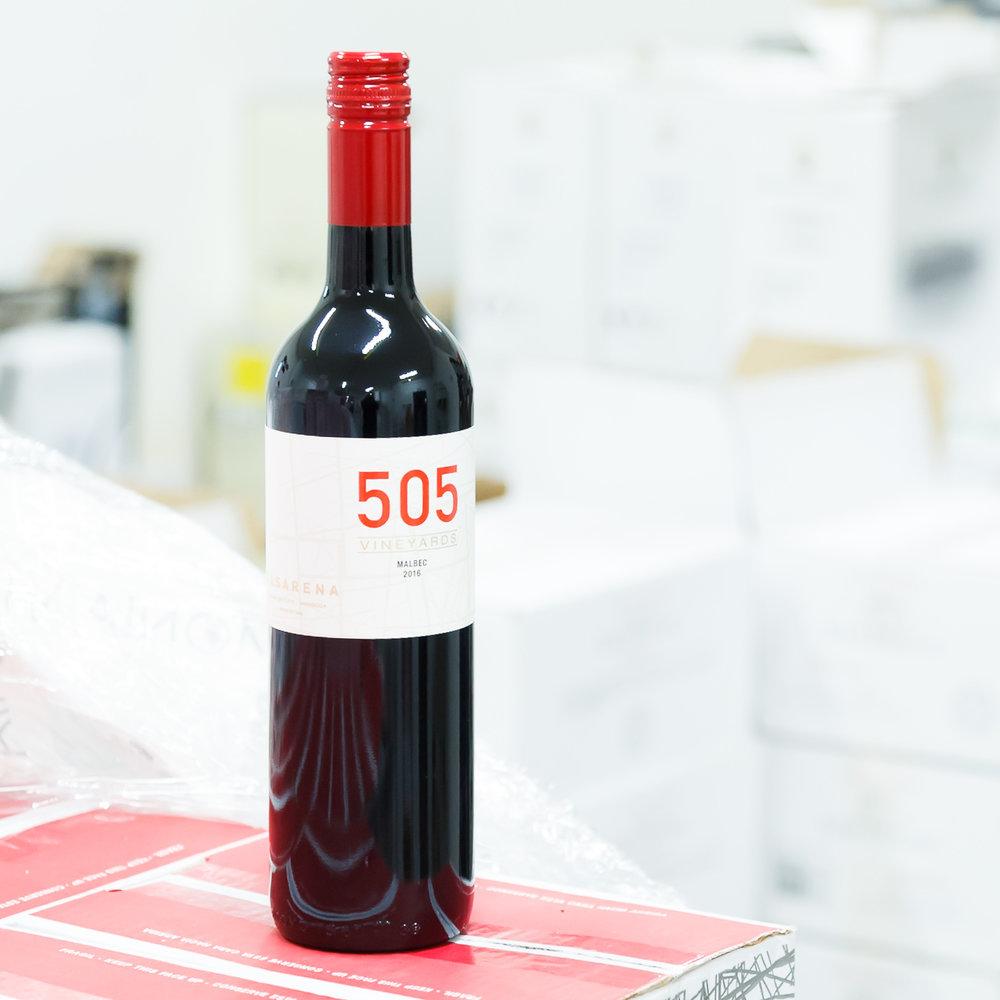 Řada 505 - 505 popisné číslo vinařství3 měsíce na francouzských sudech- Malbec- Cabernet Sauvignon- Essencia Cuvée- Chardonnay