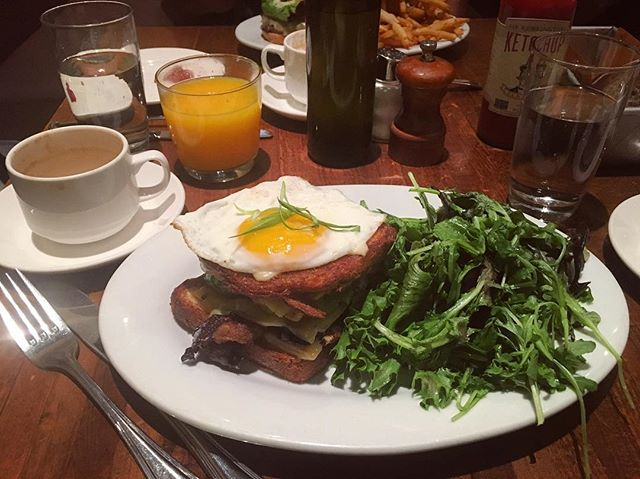 Deconstructed bacon, egg, and cheese with a side of arugula so I feel healthy. 🐽🌱🍅🍳🧀 @janerestaurant