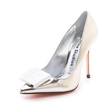 alivia metallic pumps.