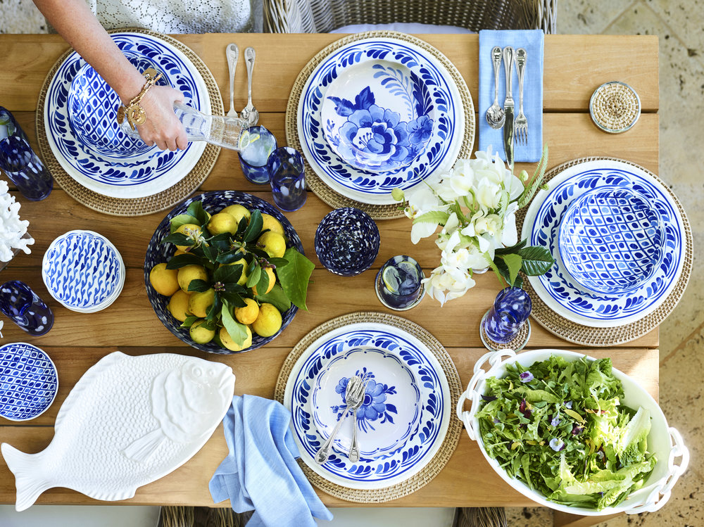 Photo_aerin_collection_by_williams_sonoma-tabletop_overhead.jpg