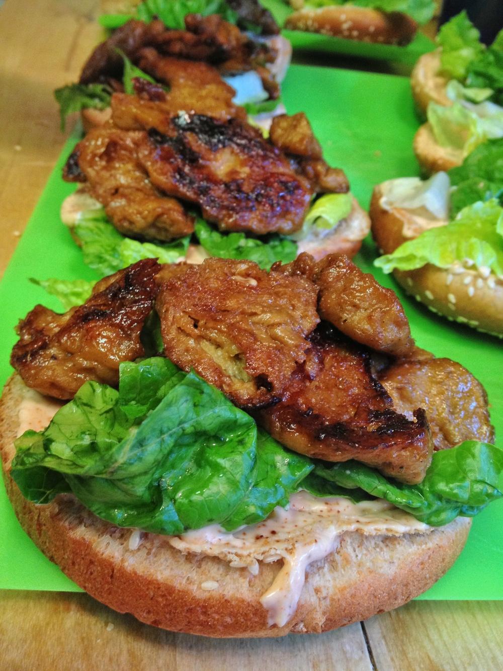 BBQ Seitan Burger