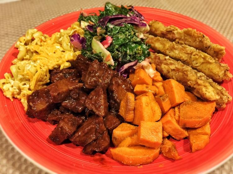 Vegan easter dinner veggie soul food bbq seitan yams fried chickn kale slaw and mac amp forumfinder Gallery