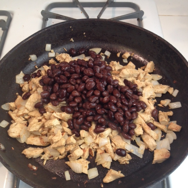 BBQ Black Beans and Chik'n Over Rice - Step 1.JPG