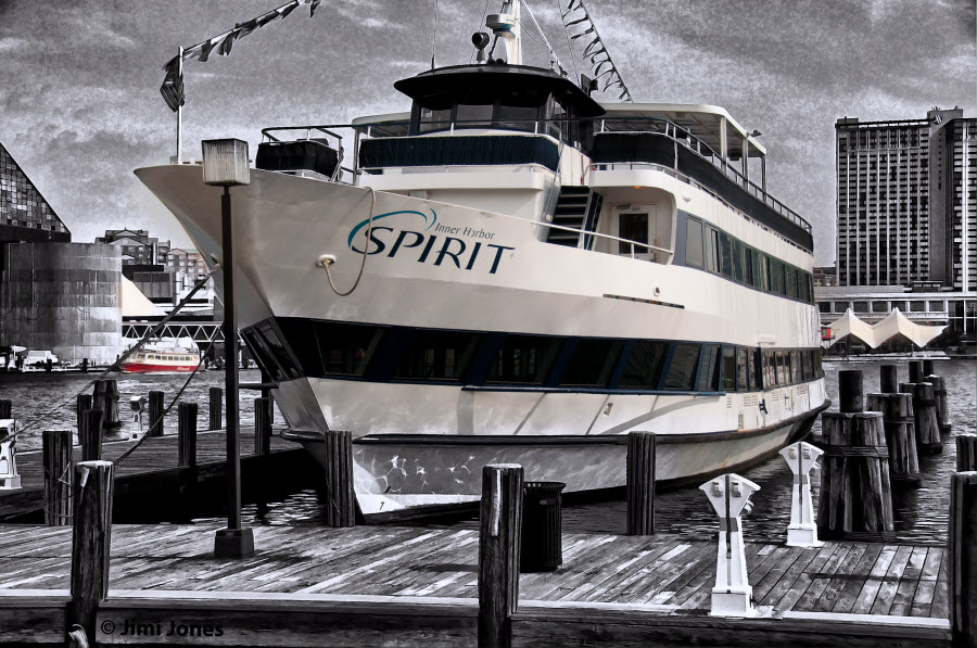 Inner Harbor Spirit - Selective Color