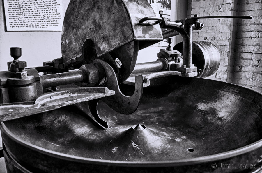 Meat Chopper - B&W