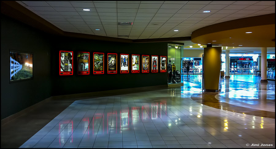 Photo of a movie theater lobby.