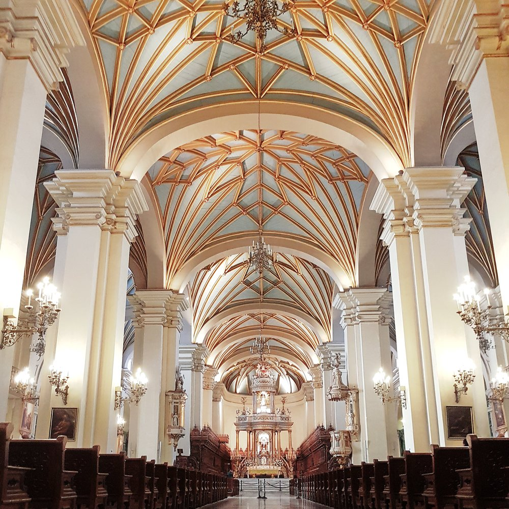 DannyZappa_DCI-Peru-Lima_PlazaDeArmas_04.jpg