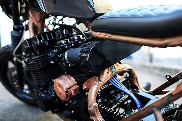 Throwback to some details of the copper bike. Built at #madhousemotors #honda #cb750 #caferacer #boston