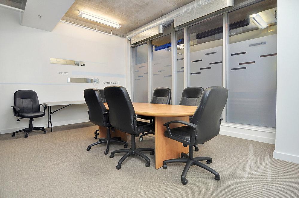 024meetingroom.jpg