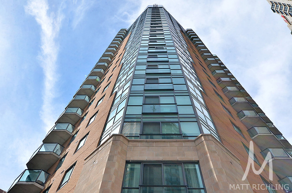 The Pinnacle - 445 Laurier Avenue West