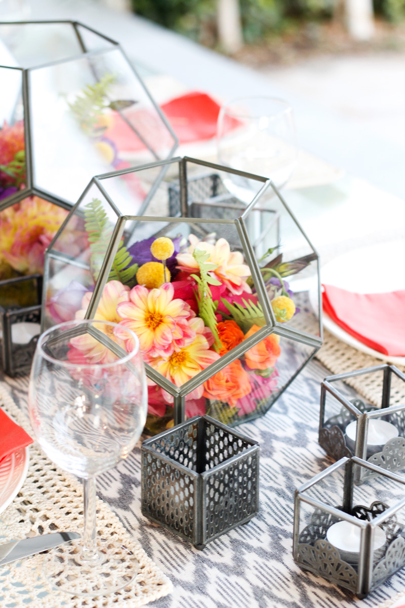 Terrarium inspired floral arrangements Very Sarie