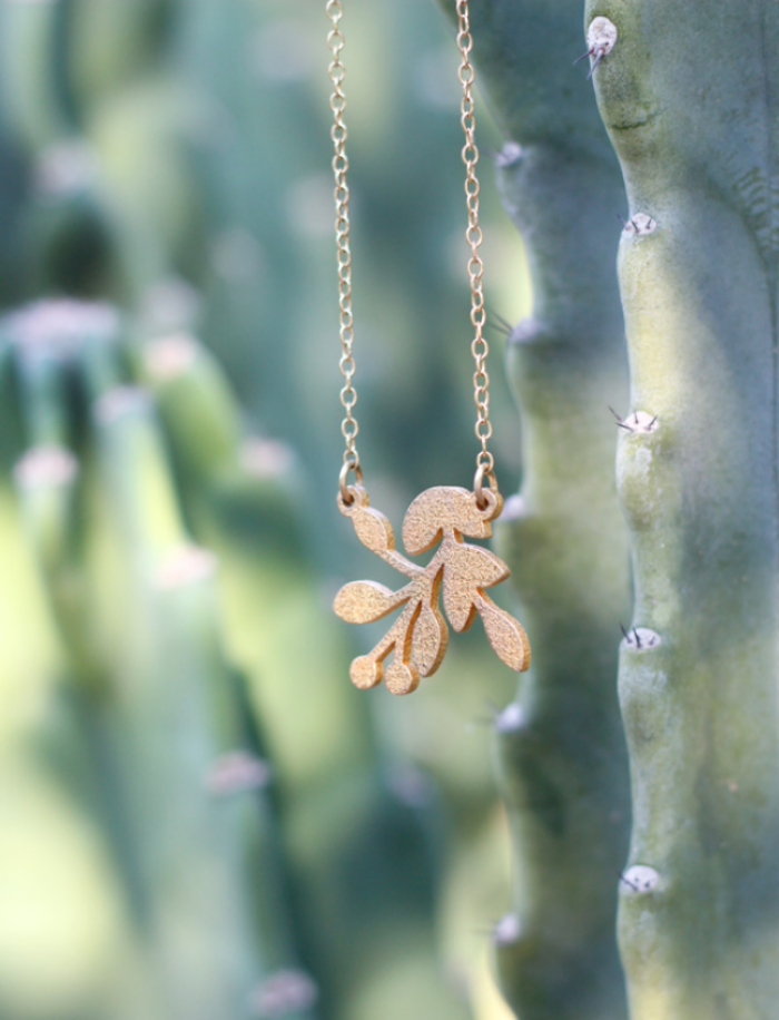 Very Sarie Spring Branch Necklace
