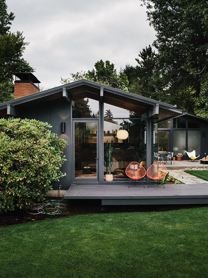 Midcentury Revival Via  Dwell