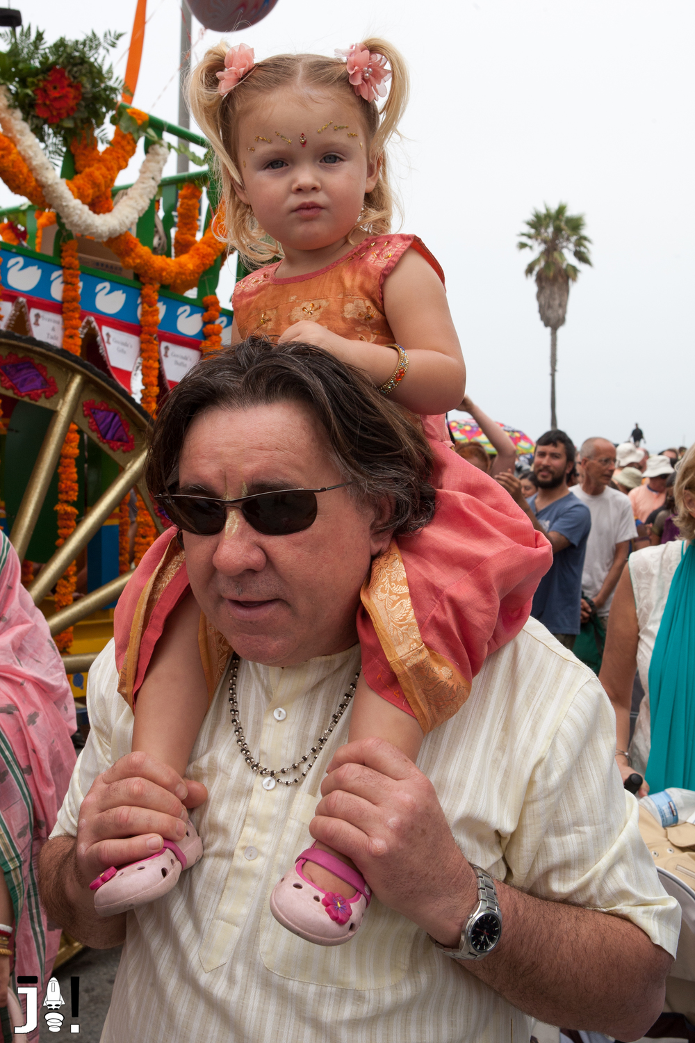 Hari Krishna Parade on Venice Boardwalk-25.jpg