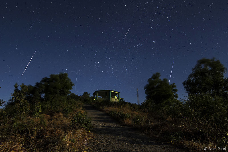 Geminid Meteor Shower. Credit: Asim Patel CC BY 3.0