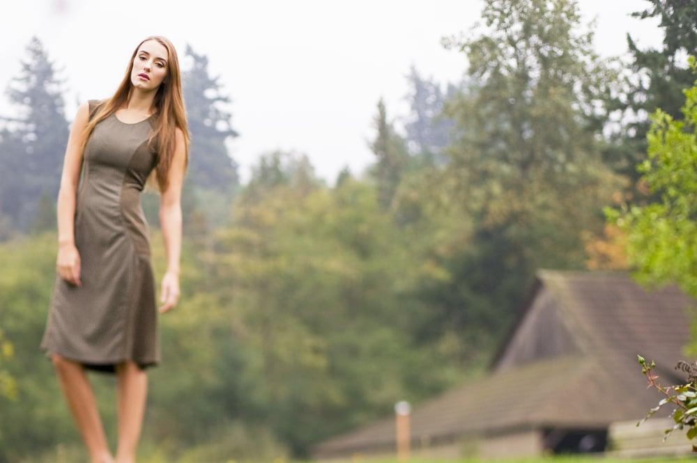 green_dress2.jpg