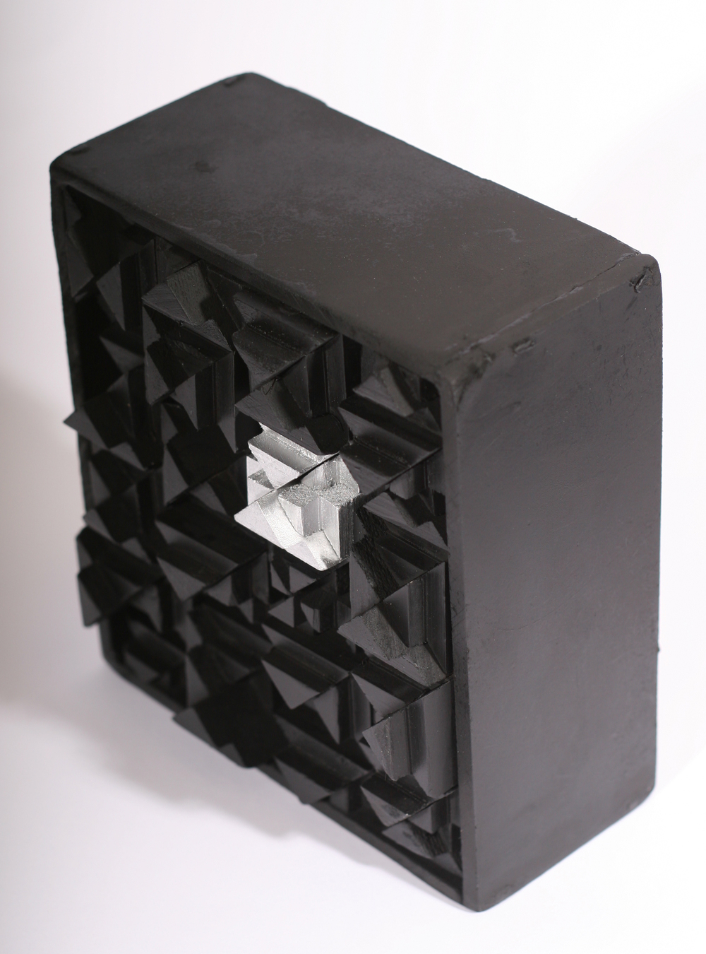 1-thebox2.jpg