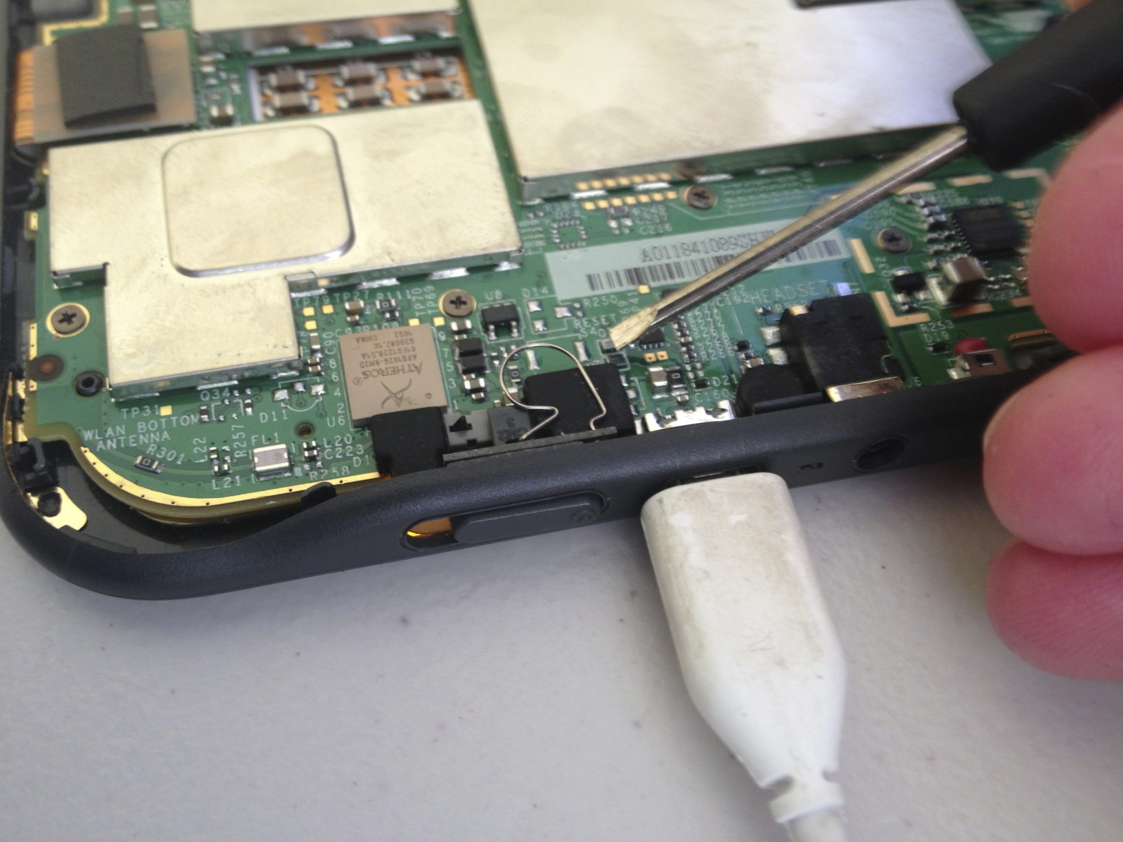 Fixing a Kindle Keyboard D00901 — nickengerer org