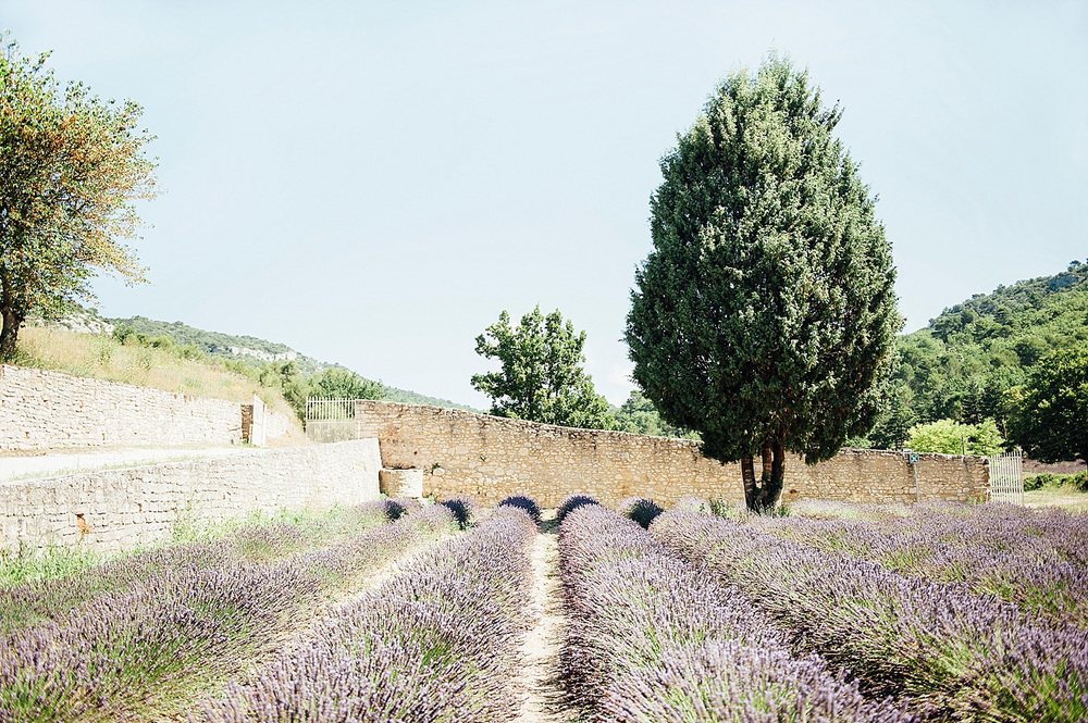 Katie_Mitchell_Photography_Provence_Travel_Photography_Gordes_03.jpg