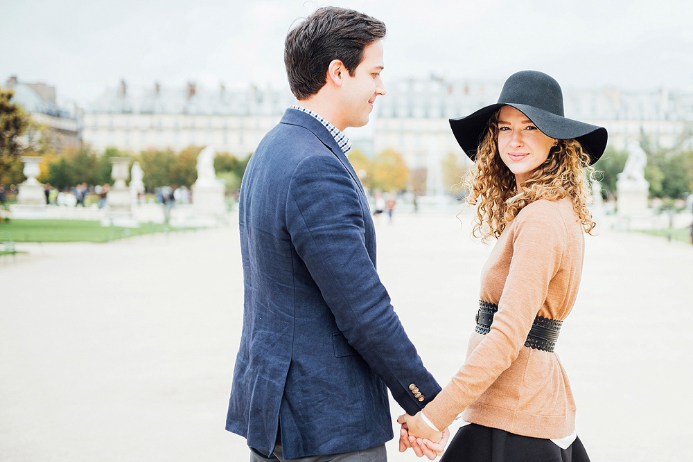 Katie_Mitchell_Paris_Lovers_Portraits_Photoshoot_Louvre_Tuileries_04.jpg