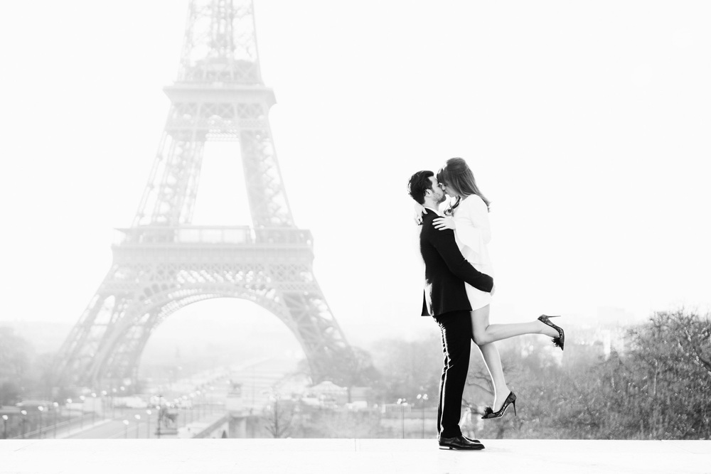 Katie_Mitchell_Photography_Paris_Photographer_Engagement_Jenny_Bernheim_01.jpg