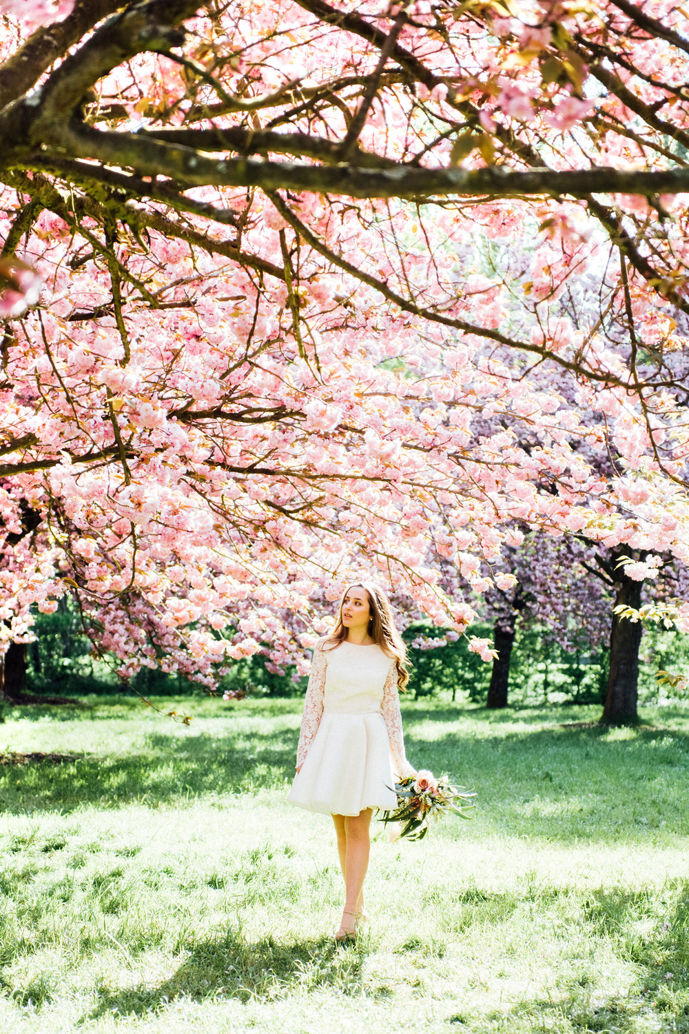 010-cherry-blossom-styled-bridal-shoot-paris-france.jpg