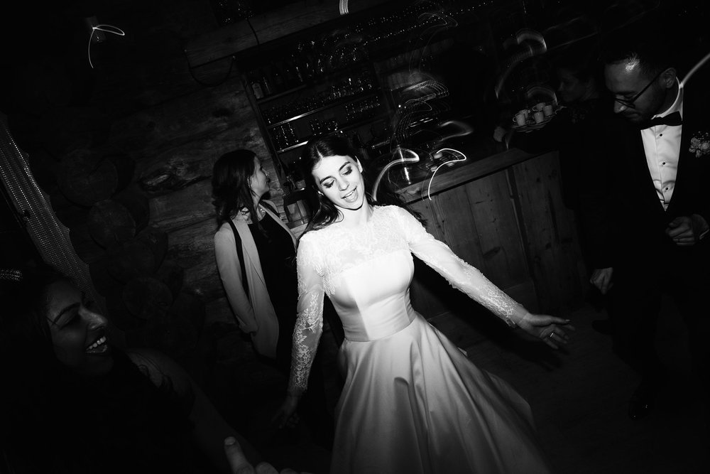 258-katie-mitchell-chamonix-wedding-photographer-france.jpg