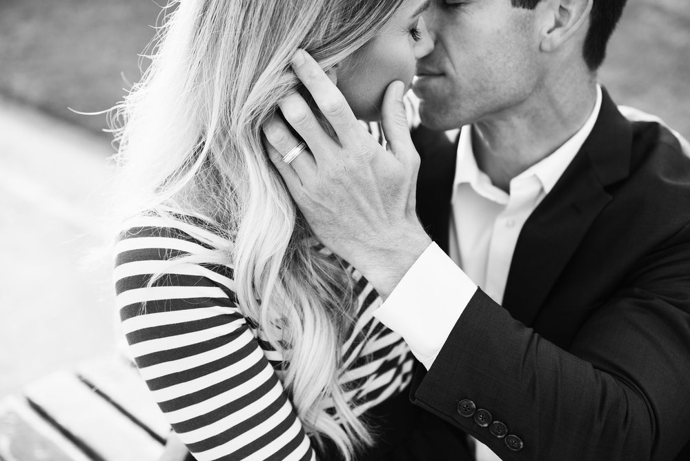 Katie_Mitchell_Paris_France_Engagement_Photographer_04.jpg