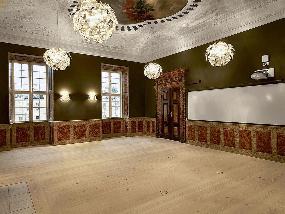 Frederiksberg_Castle_4.jpg