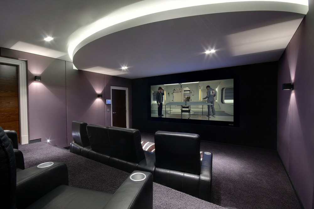 Home_Cinema_Spitfire_8-4_by_iHomes_Cheshire_2.jpg