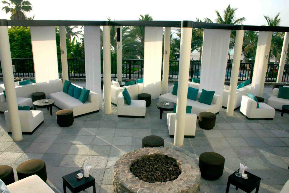 JAGR Dubai 4.jpg