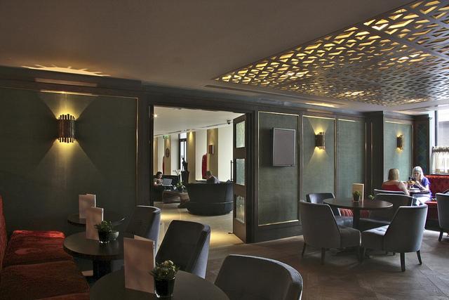 Quince_Restaurant_Mayfair_London_1.jpg
