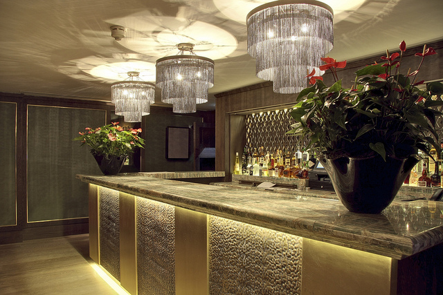 Quince_Restaurant_Mayfair_London_2.jpg