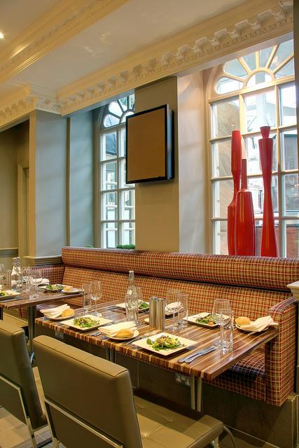 Radisson_Edwardian_Heathrow_Restaurant_Annayu_3.jpg
