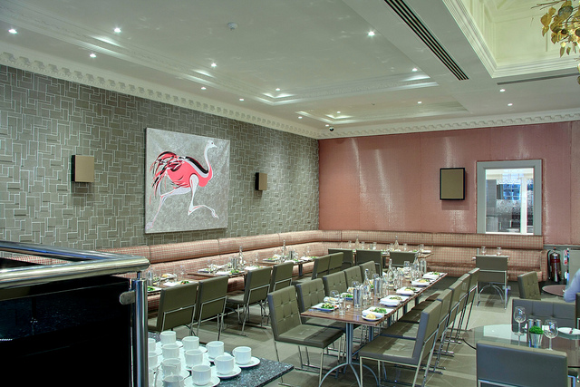 Radisson_Edwardian_Heathrow_Restaurant_Annayu_4.jpg