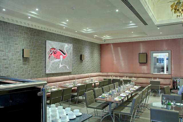 Radisson_Edwardian_Heathrow_Restaurant_Annayu_4.jpg